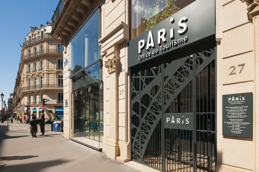 Paris convention and visitors bureau pantou