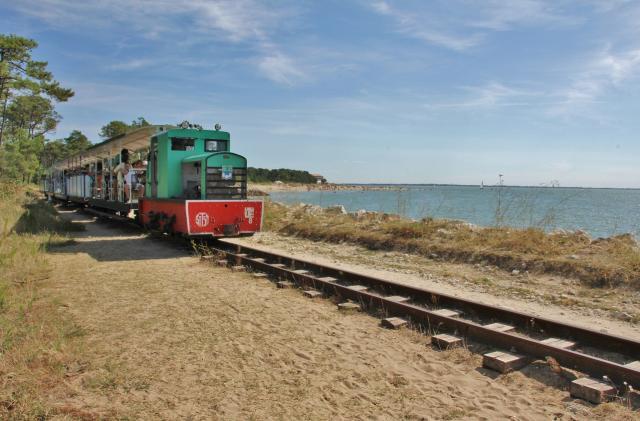 Le p'tit Train sur la baie de Gatseau