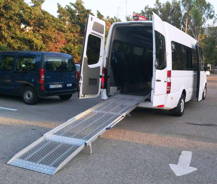 Feel safe and secure with our specially adapted minibus for people with mobility difficulties !!