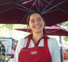 Image of waitress at outdoor cafe