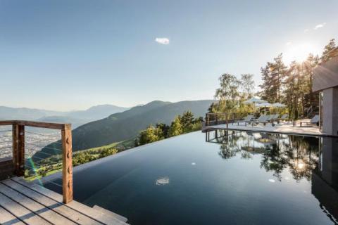 Infinity pool Hotel Belvedere
