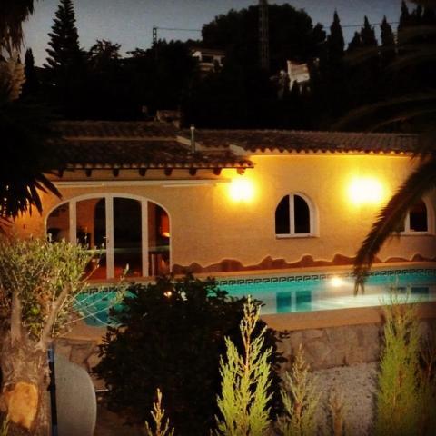 Villa Los Leones image
